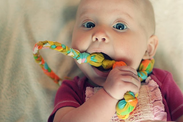 Make your own: Teething Necklace